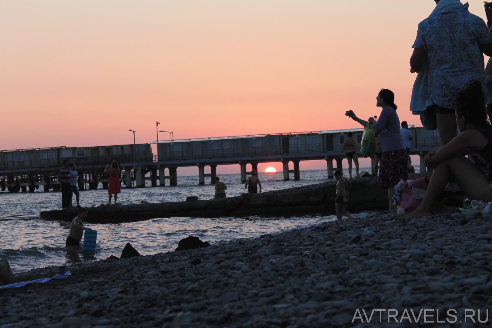 закат на море Адлер
