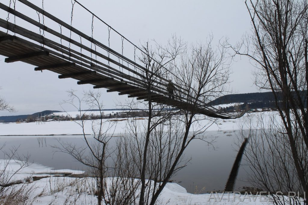 пешеходный мост Плакун