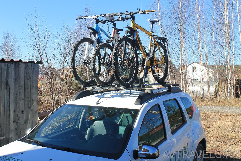 Дастер с 3 велосипедами