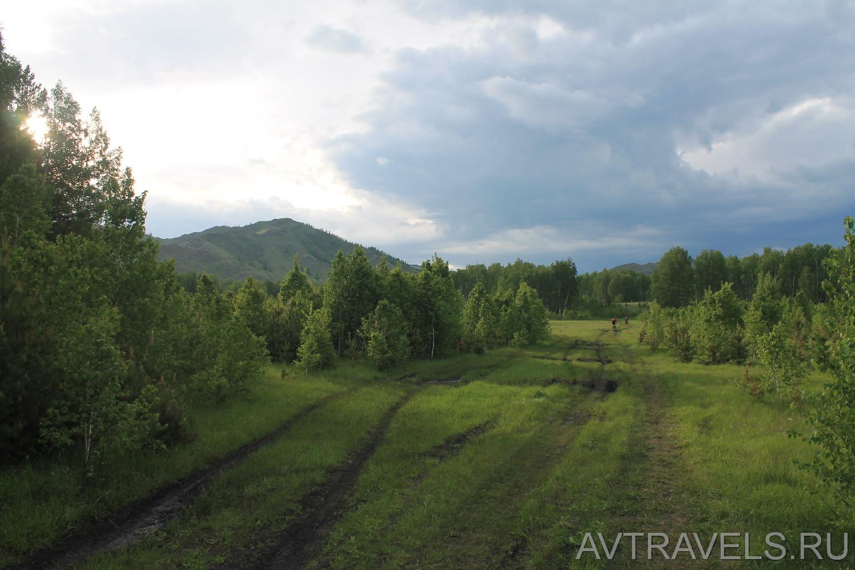 дорога к туристическому лагерю