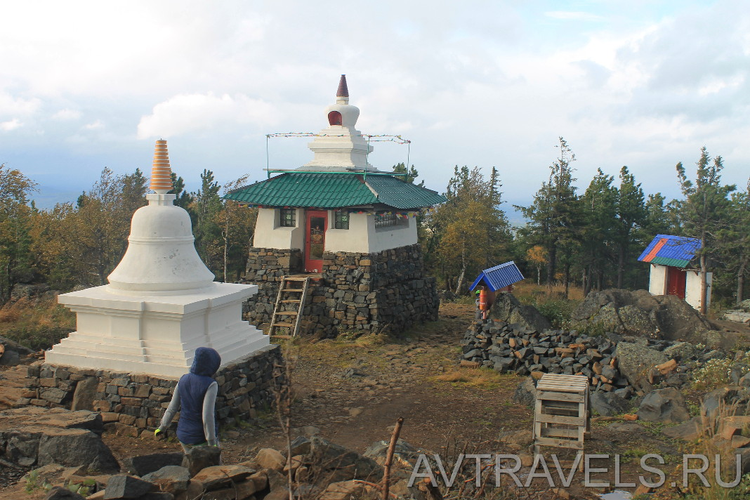Ступы буддийского монастыря Качканар