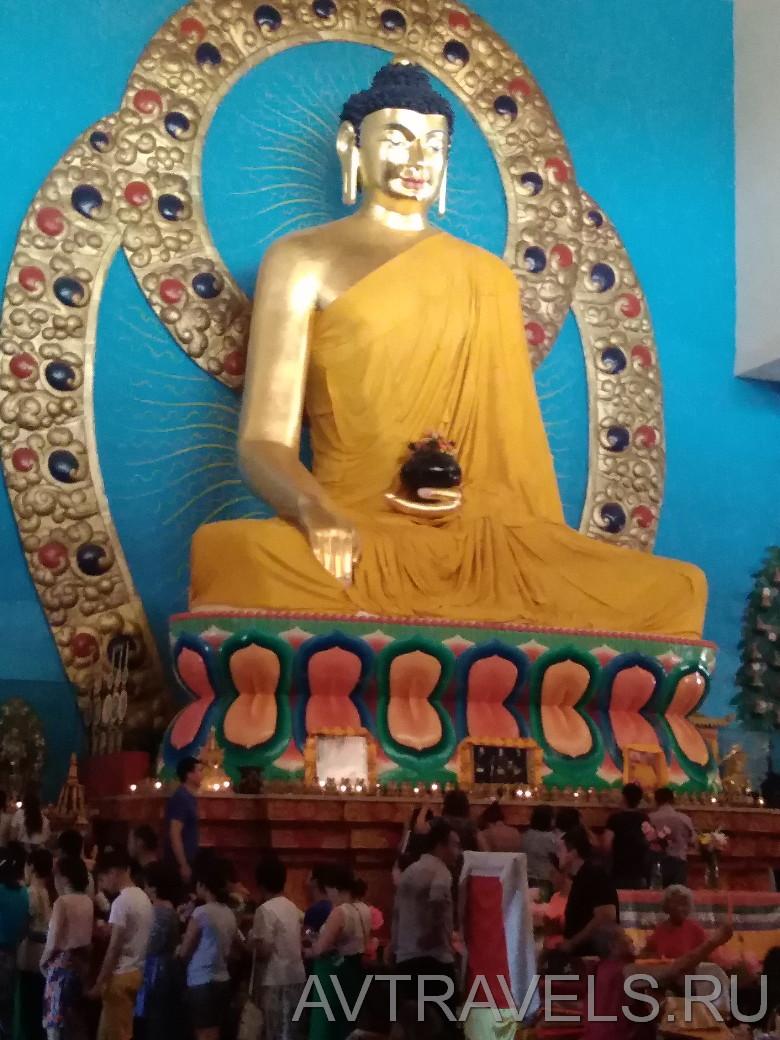 статуя будды Элиста