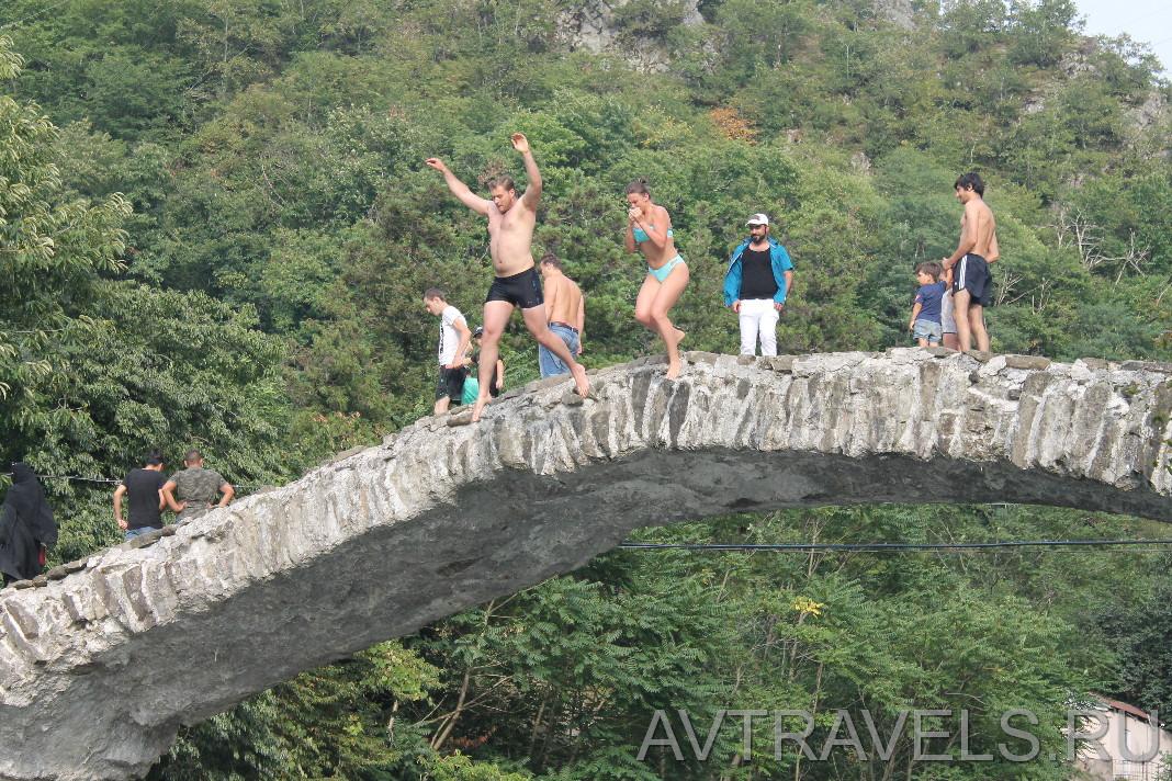 мост царицы тамары в аджарии