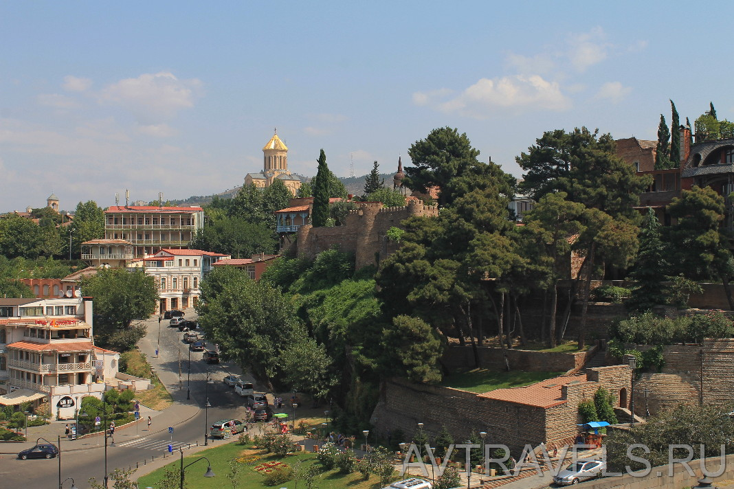 вид на старый Тбилиси